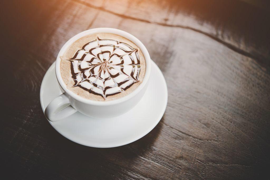 când să bei cafea pentru pierderea în greutate pierde grăsime la 70 de ani