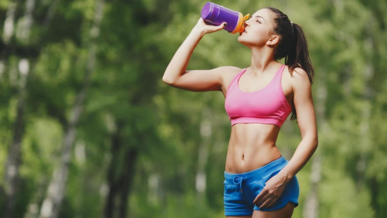 bauturile calde ajuta la pierderea in greutate