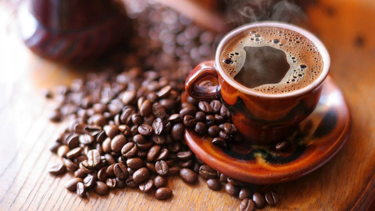 Faci sport? Cafeaua poate fi un ajutor de nădejde la sală