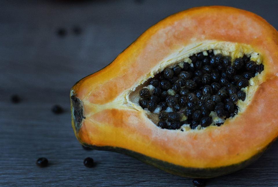 Enzimele de papaya ajută la pierderea în greutate - Videoclipul zilei