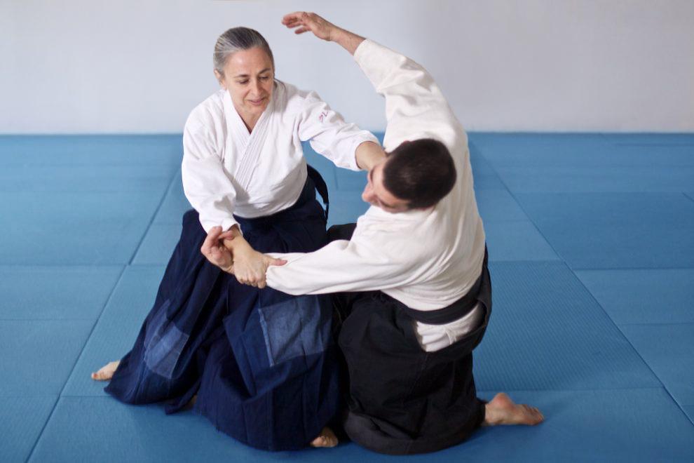 Arta marțială mixtă te ajută să slăbești?