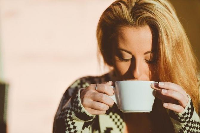 cafeaua arde grasă